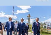 Юрий Трутнев, Александр Козлов и Айсен Николаев прогулялись по Якутску