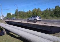 Иномарка попала в ДТП неподалеку от торгового центра в Петрозаводске