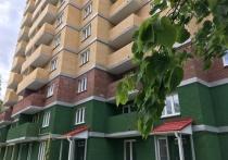 Днем рождения десятиэтажного жилого дома №18 на улице Ново-Рославльская можно считать 27 мая