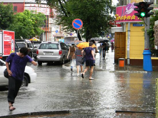 На Астрахань надвигается шторм