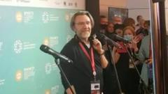 "Шнур на Петербургском форуме вспомнил ""плохо кончивших"" комсомольцев"
