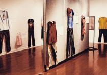 Состоится показ одежды жертв изнасилования: спортивные костюмы и халаты