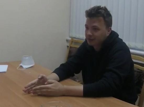 Почему оппозиционером интересуются не в ДНР, где воевал «Азов», а в Луганске