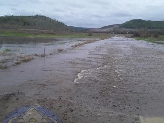Уровень воды на реке Газимур в Забайкалье превысил критическую отметку на 30 см