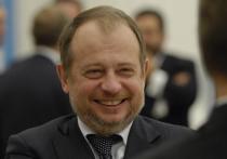 Российский олигарх рассказал анекдот после обвинений в «нахлобучивании» государства