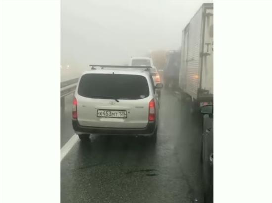 Серьезная авария блокировала объездную во Владивостоке