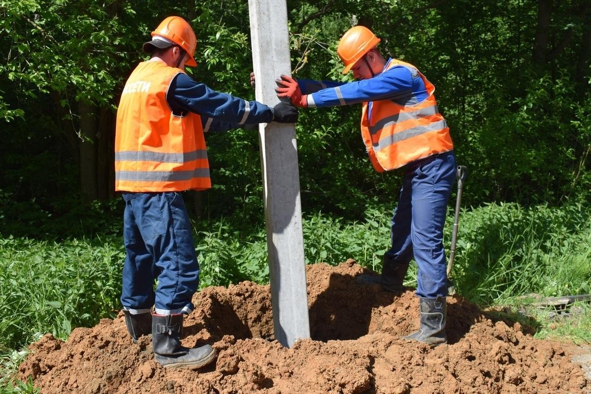 Костромаэнерго продолжает строить новые сети наружного освещения в областном центре