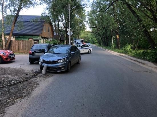 Две женщины за рулем не поделили поворот в Твери
