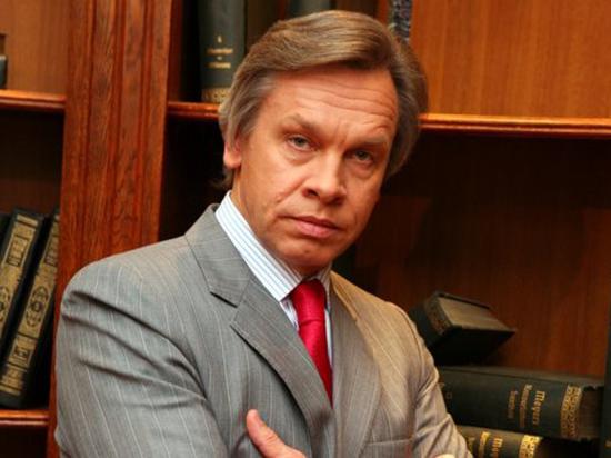 Украинский президент внес в Раду закон, разделяющий население страны на две категории