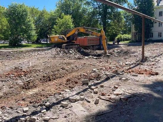 В Ленинском районе за год снесут пять аварийных домов