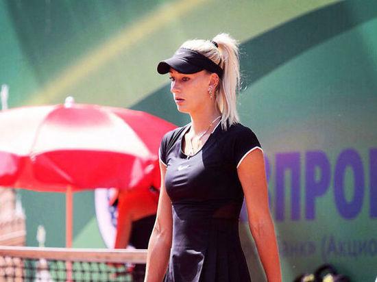 Российское посольство принимает меры по защите задержанной в Париже теннисистки Сизиковой