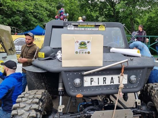 Гонки внедорожников международного уровня устроили на Ставрополье