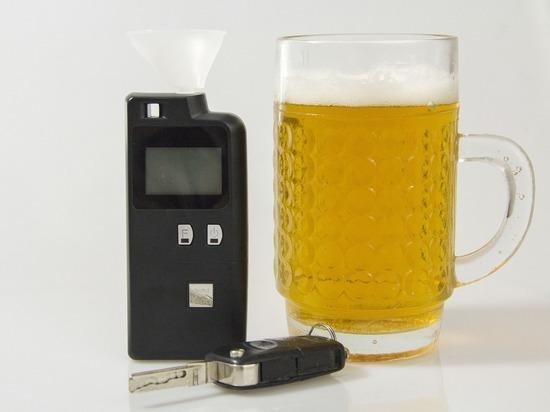 Пьяный водитель пытался сбежать от ДПС на лопнувших колесах