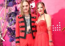 Солисты Littel Big Илья Прусикин и Софья Таюрская впервые с официального объявления о своих отношениях появились на публике как пара