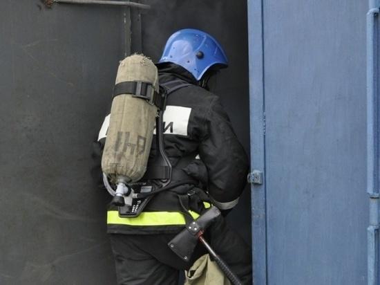 В калмыцком многоквартирном доме произошел пожар