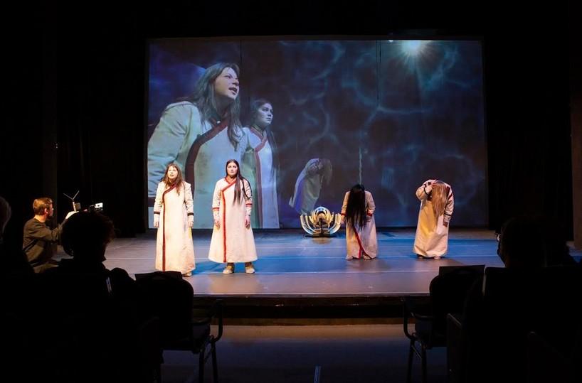 Театр из Воркуты показал в Москве трэш по повести Чингиза Айтматова