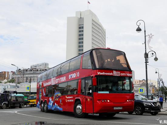 Во Владивостоке запустили новые двухэтажные экскурсионные автобусы