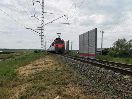 Возбуждено уголовное дело по факту смертельного ДТП с участием поезда и легковушки под Анапой