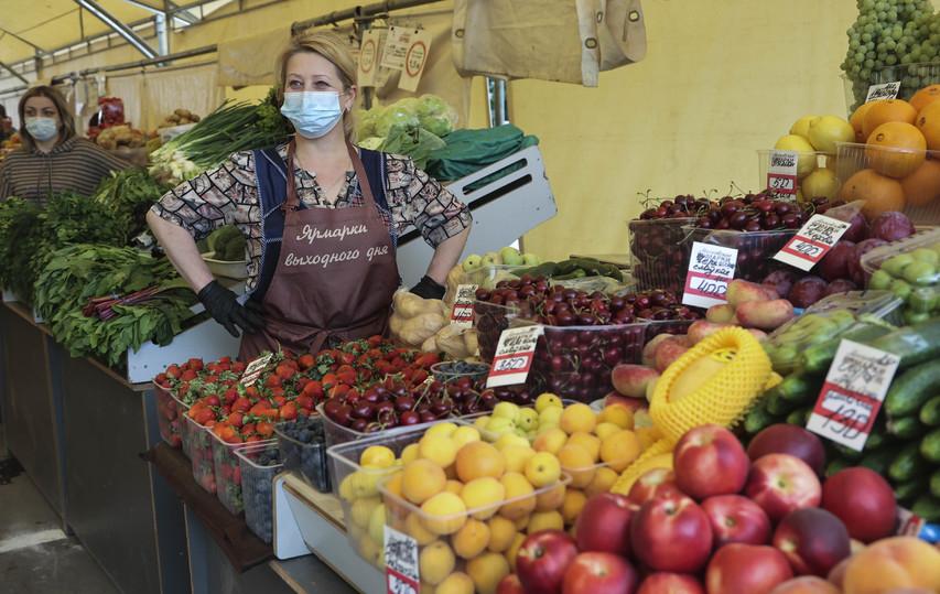 Стоимость овощей и фруктов на рынках выходного дня вызвала вопросы