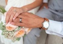 В первую неделю лета в Калуге сыграли 97 свадеб