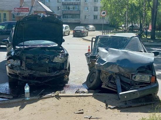 В субботу три человека пострадали при столкновении авто в Йошкар-Оле