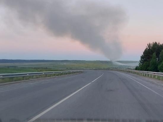 В Кировской области в Вятских Полянах горит полигон