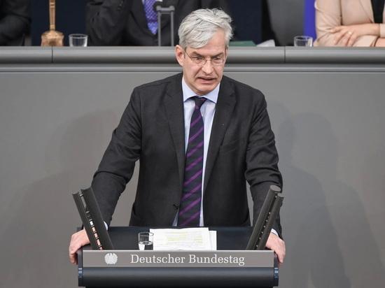 Германия: ХДС предлагает исключить натурализацию антисемитов в Германии