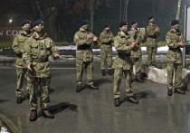 Шестеро военнослужащих из Великобритании, приехавших в Эстонию в составе группы НАТО, были задержаны в местечке Йыгева недалеко отэстонско-российской границы и ссажены с поезда за вызывающее поведение в состоянии алкогольного опьянения