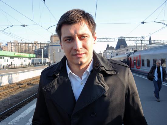 В Кремле не следят за передвижениями Гудкова
