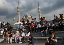 Ситуацию по заболеваемости коронавирусом в Турции удалось стабилизировать, но для российских туристов границы так и не открылись