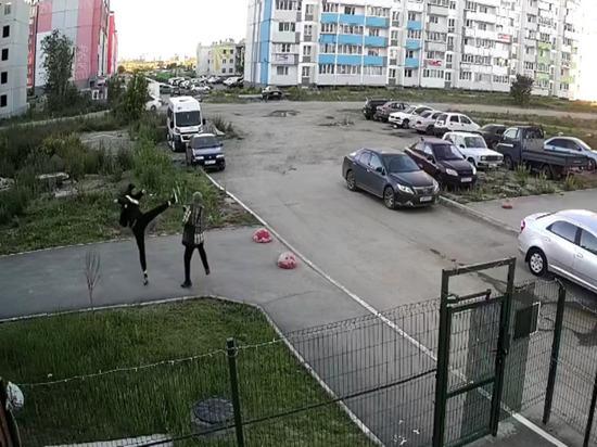 В Челябинске парень избил пенсионера из-за замечания