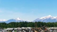 Живописную помойку на фоне Саянских гор сняли в Бурятии