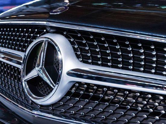 Развозившего экстази водителя Mercedes задержали в Петербурге