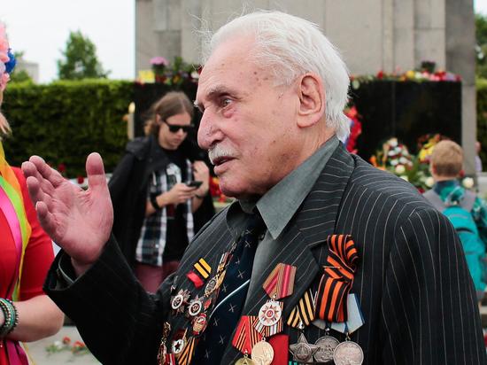 В Германии умер последний освобождавший лагерь смерти Освенцим красноармеец