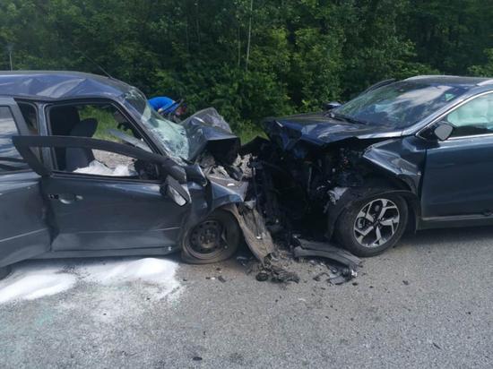 Водитель «Гранты» погиб в лобовом столкновении с Kia в Чувашии