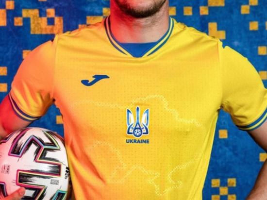 УЕФА утвердил неоднозначный гардероб сборной Украины