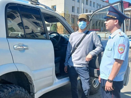 Сахалинца, наехавшего на столбики мини-кольца, оштрафовали
