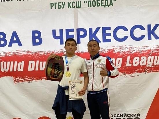Пожарный МЧС Калмыкии победил на всероссийском турнире