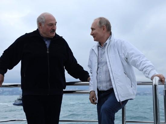 """Нельзя исключать, что именно они """"раскручивают"""" версию о финансировании Nexta российским олигархом, считает Владимир Жарихин"""