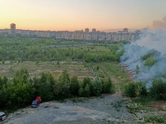 В микрорайоне «Тополиная аллея» произошел пожар на площадке будущего аквапарка