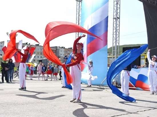 Магадан отметит День России концертами в Домах культуры и на открытых площадках