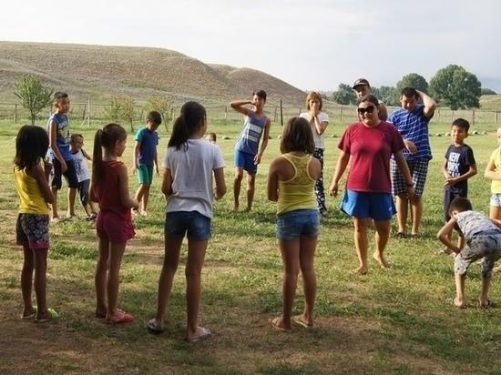 В Калмыкии сегодня открываются лагеря отдыха для детей