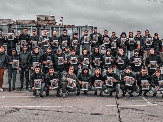 Азербайджанцы провели автопробег в память о застреленном инспектором ДПС Векиле Абдуллаеве