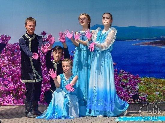 В Бурятии прошел первый фестиваль цветения багульника