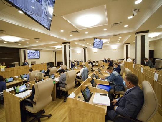 Депутаты Екатеринбурга вернули должность замглавы-руководителя аппарата мэрии