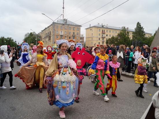По известным причинам XХVII Фестиваль уличных театров уже второй год подряд остаётся всероссийским.