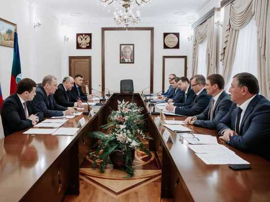 Темрезов поблагодарил «Россети» за участие в развитии энергосистемы КЧР