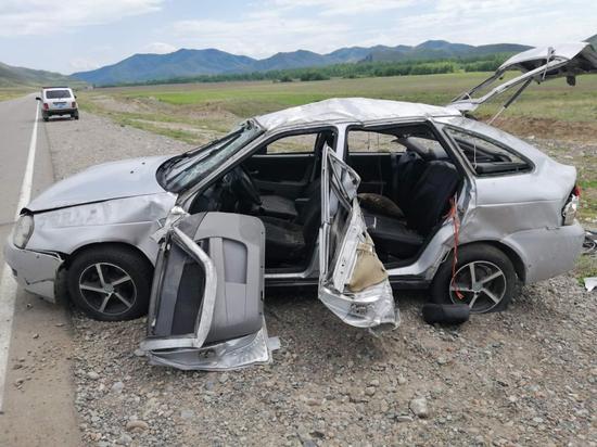 В Туве перевернулась  автомашина «Лада Приора» с нетрезвыми  подростками
