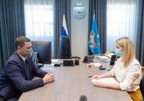 Михаил Ведерников отметил высокий уровень вакцинации в соцучреждениях