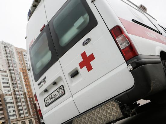 Петербурженка разбилась при попытке слезть по простыням с девятого этажа